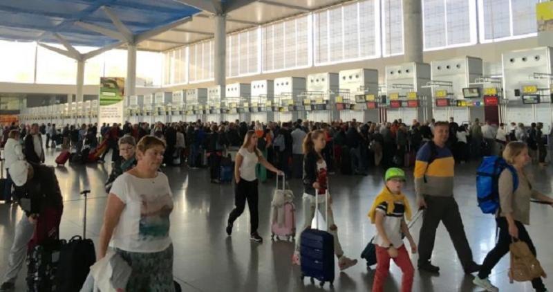 De los siete principales aeropuertos españoles, el de Málag registra el mayor crecimiento en número de pasajeroscon, de un 18,4%.