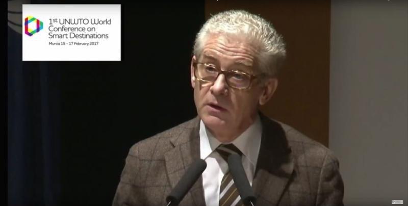 Manuel Butler, director general de Turespaña, en su intervención en el I Congreso Mundial de Destinos Inteligentes, celebrado en Murcia.