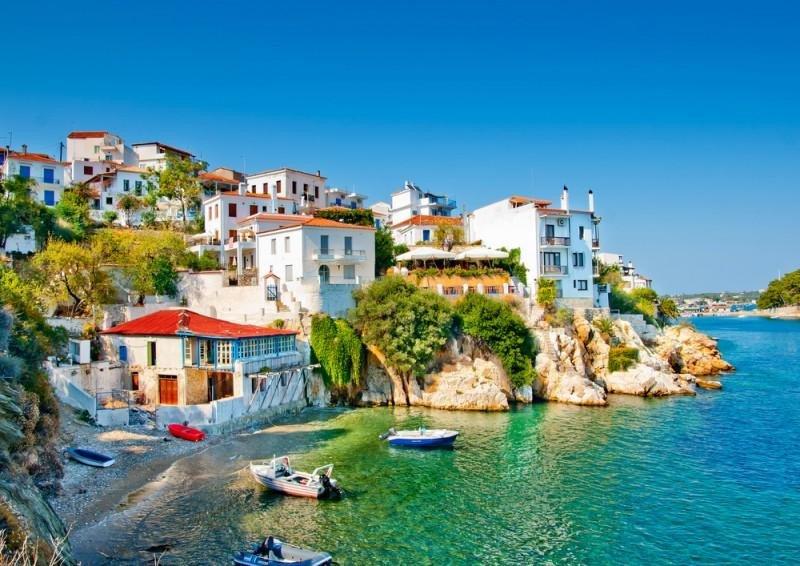 La industria turística griega muestra una gran fortaleza y en 2016 el país batió un récord histórico de llegadas de viajeros.