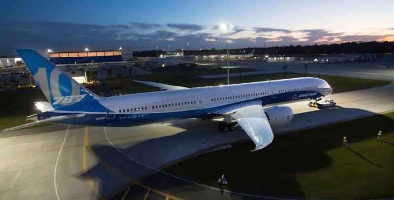 Despega el 787-10, el más grande y eficiente de los Dreamliner