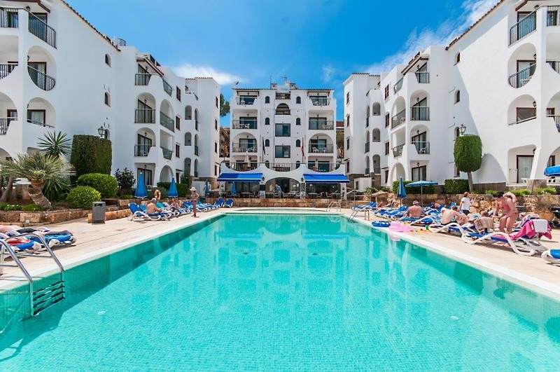 Onahotels incorpora su sexto complejo en Baleares