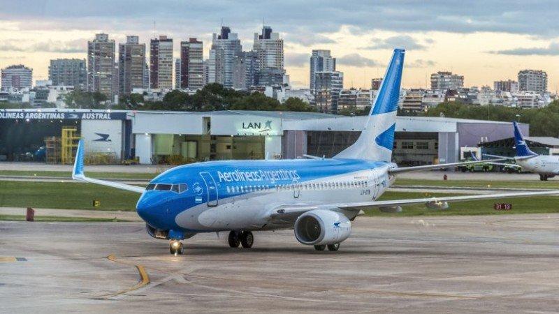 Aerolíneas Argentinas vendió el 41% de sus pasajes de enero en forma directa