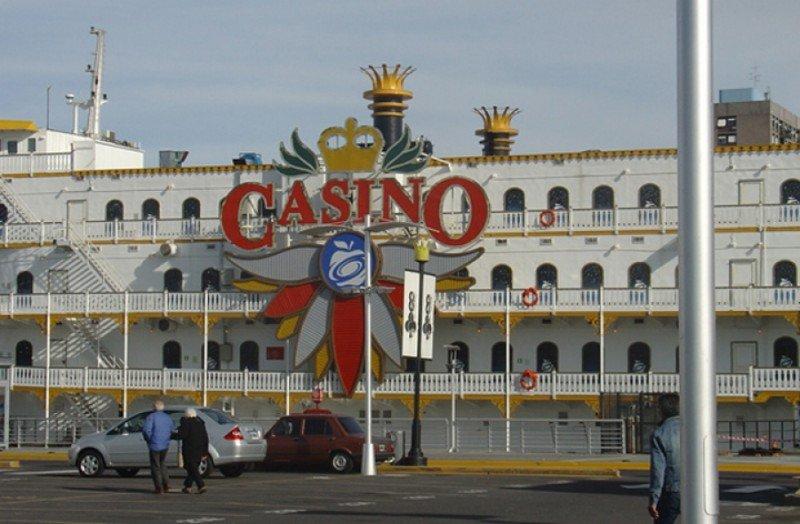 Argentina eleva alícuota que recibe el Estado por casinos en Buenos Aires