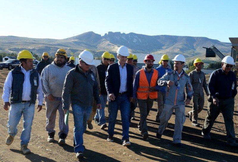 El presidente Mauricio Macri recorrió las obras en el aeropuerto.