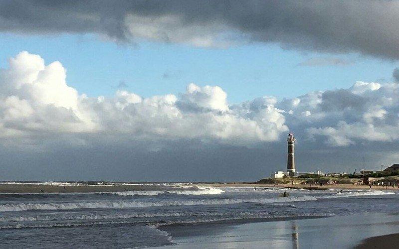 El tiempo en la costa estuvo mejor de lo anunciado.