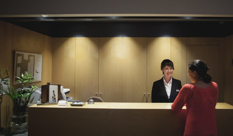 FEHGRA dicta charla sobre Reintegro del IVA a turistas extranjeros