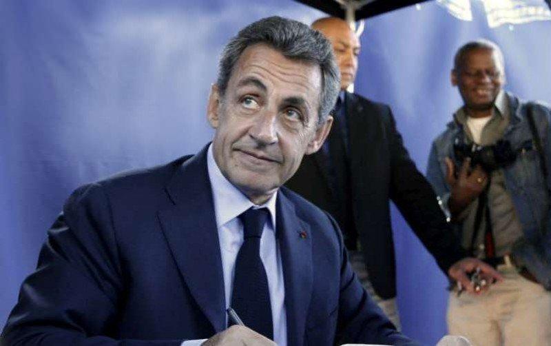 Hoteles Accor ficha al expresidente francés Nicolas Sarkozy