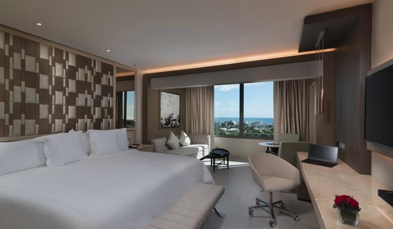 La reforma del hotel Embajador, uno de los buques insignia de la cadena, finalizará este año