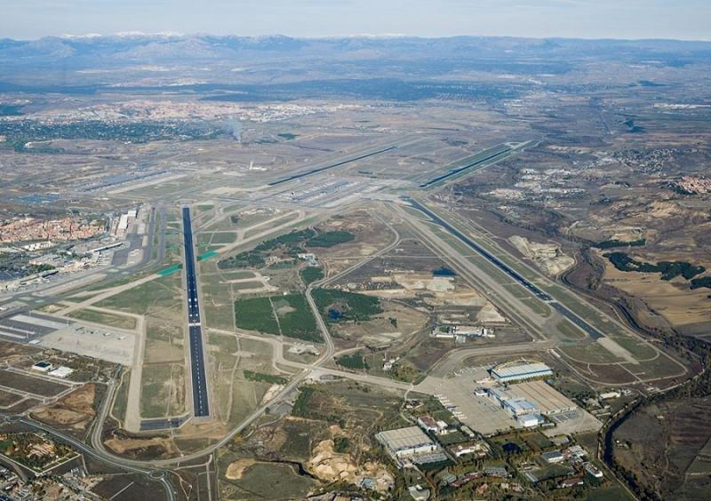 Madrid-Barajas: el Supremo aplaza decidir entre reducir ruido o capacidad