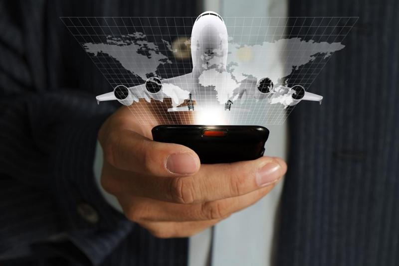 El teléfono gana peso como canal más utilizado para reservar los viajes.