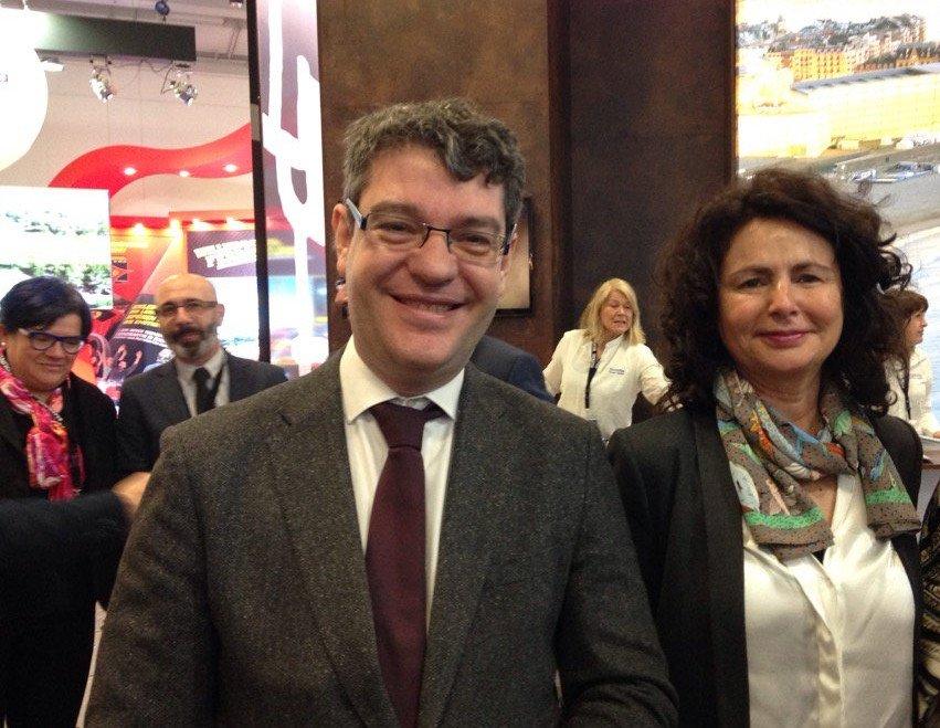 El ministro de Energía, Turismo y Agenda Digital, Álvaro Nadal, y la secretaria de Estado de Turismo, Matilde Asián, participan en la feria, donde han tenido la oportunidad de visitar a los principales operadores turísticos.
