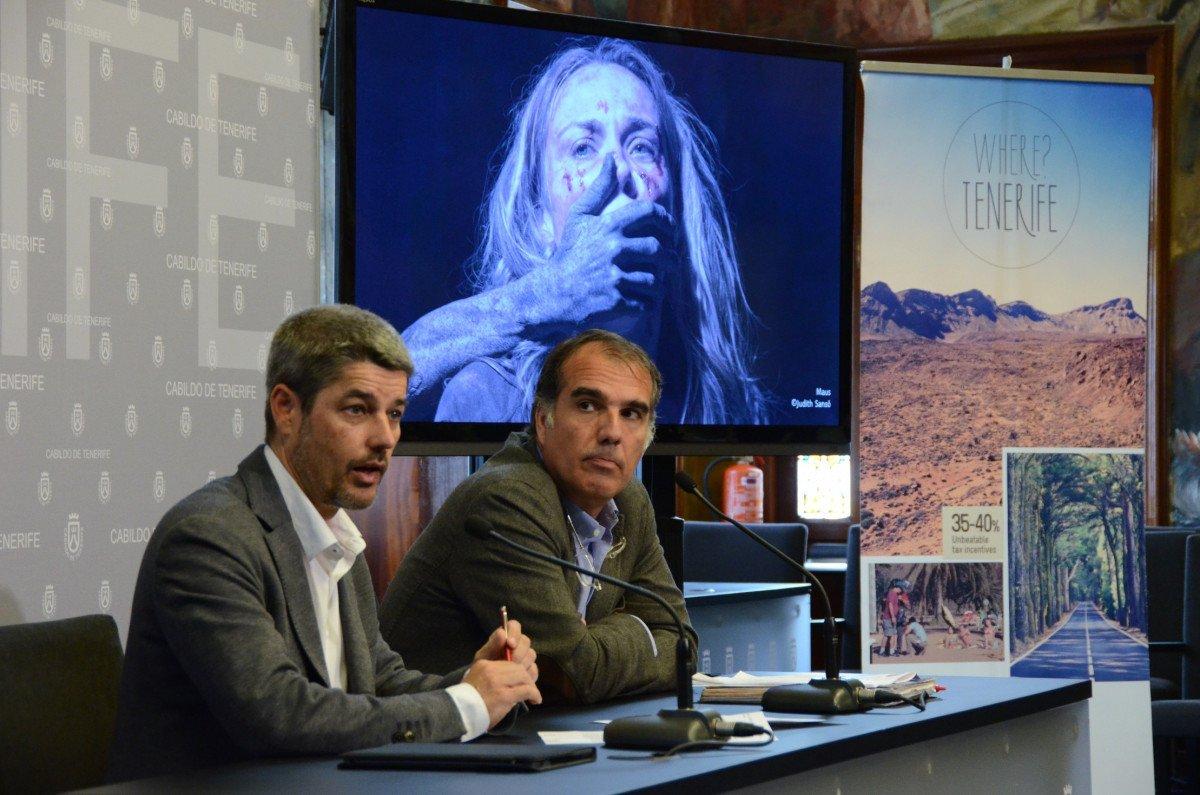 El vicepresidente y consejero de Turismo del Cabildo, Alberto Bernabé, y el director de la Tenerife Film Commission, Ricardo Martínez.
