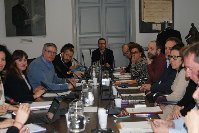 El alcalde de Palma, José Hila, presidiendo al reunión de trabajo.