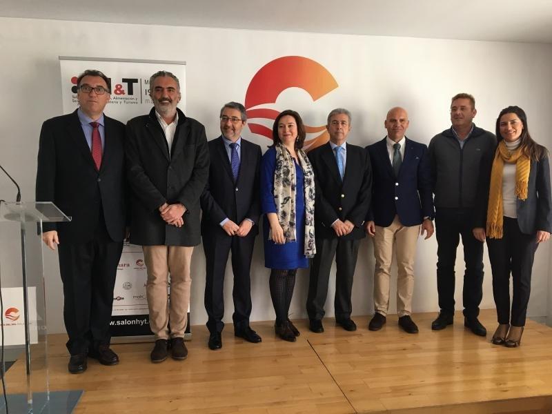 Arturo Bernal, gerente de Turismo y Planificación Costa del Sol; Luis Callejón, presidente de AEHCOS y del comité organizador de H