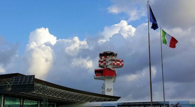 Torre de control del Aeropuerto de Roma-Fiumicino.
