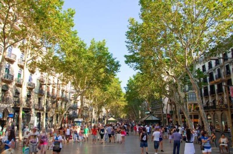 Barcelona distingue cuatro zonas según la intensidad de compra de los turistas.