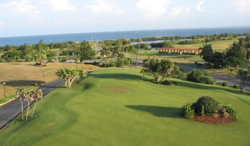 Cuba quiere impulsar el aumento de su oferta para el turismo de golf.