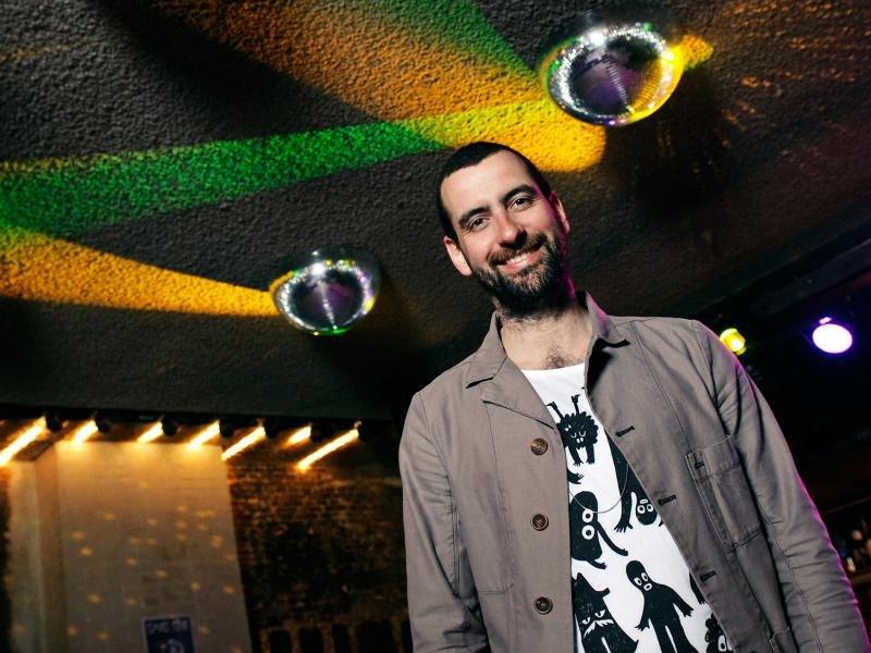 Mirik Milan, alcalde de la noche en Ámsterdam (Foto: TimeOut).