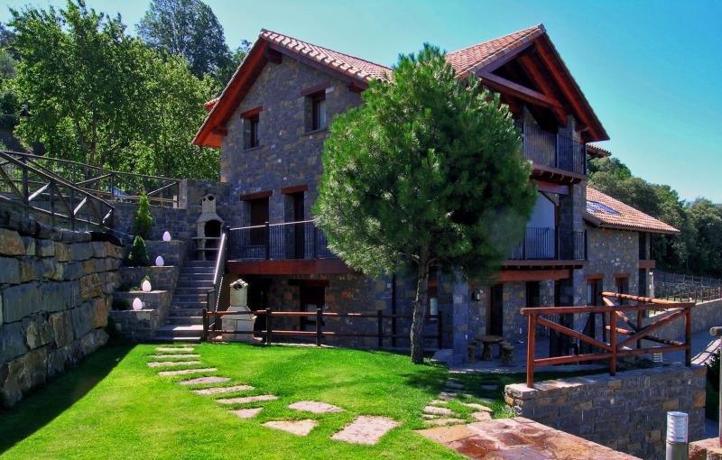 La ocupación en fin de semana del turismo rural subió un 8,7%. Foto: Casas Rurales Ordesa.