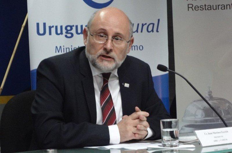 Juan Martínez, presidente de la Cámara Uruguaya de Turismo, destacó el movimiento turístico en Carnaval.