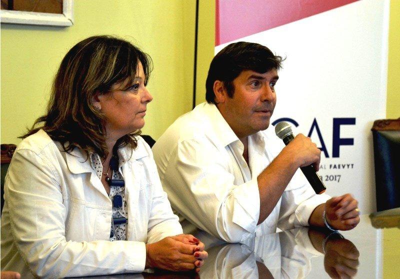 Natalia Ponferrada y Fabricio di Giambattista en el lanzamiento del congreso CAF 2017.