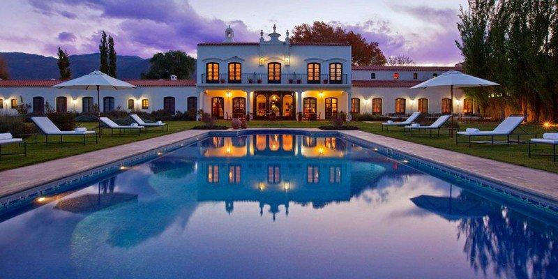 Bajan 16,5% en promedio los precios hoteleros en Argentina para marzo