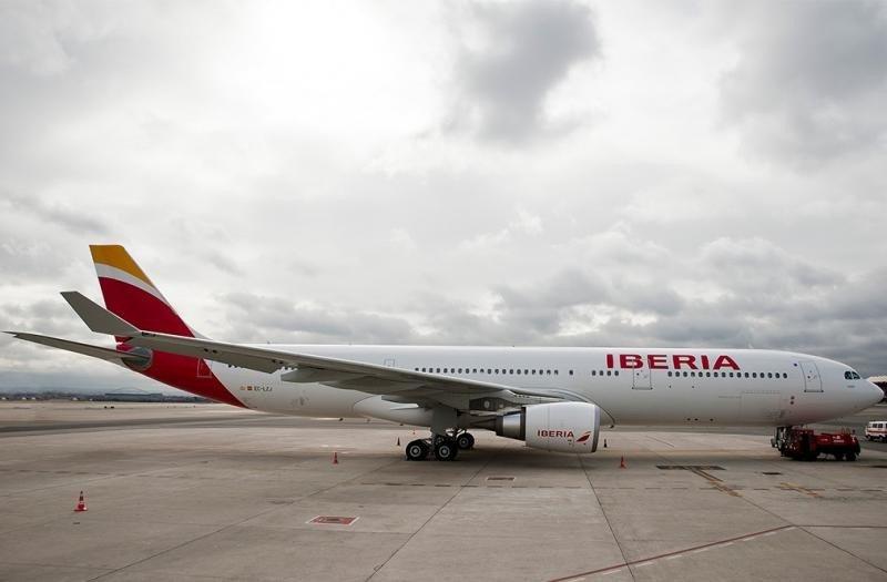 Iberia refuerza su oferta a Latinoamérica y estrena destinos europeos