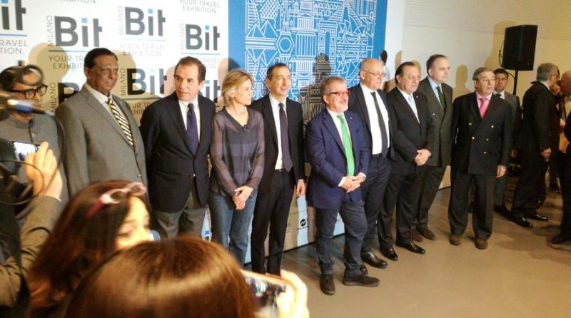 Las autoridades durante la inauguración de la BIT 2017