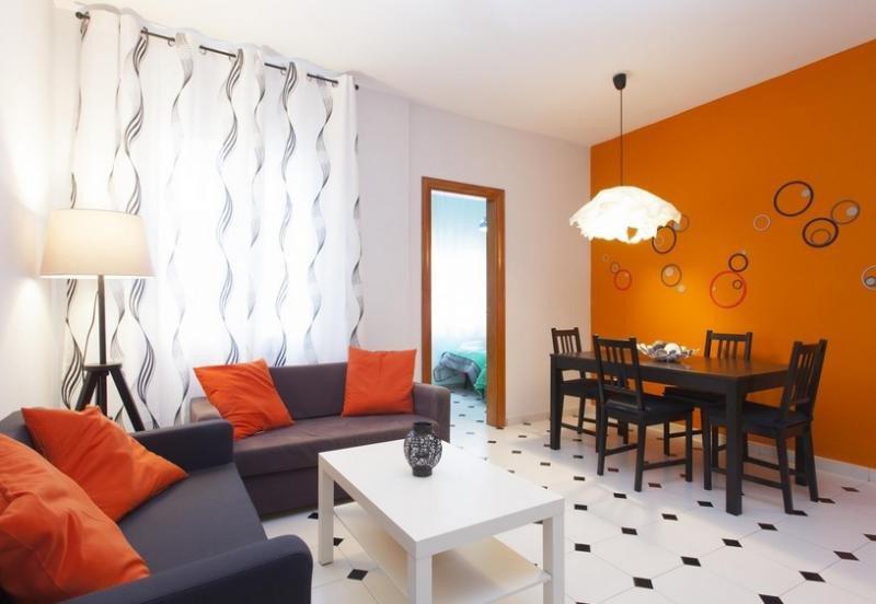 L'Hospitalet suspende la concesión de licencias para pisos turísticos