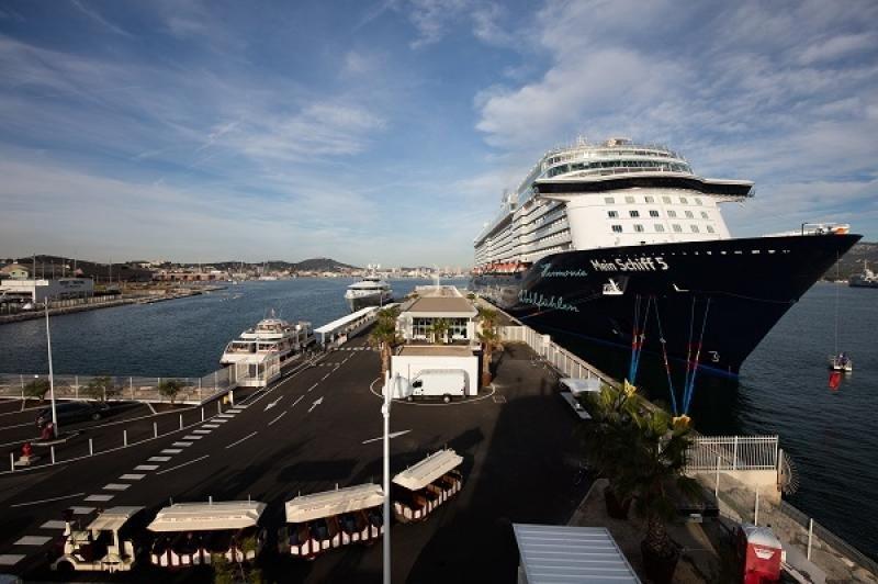 Puerto de Toulon (Francia).