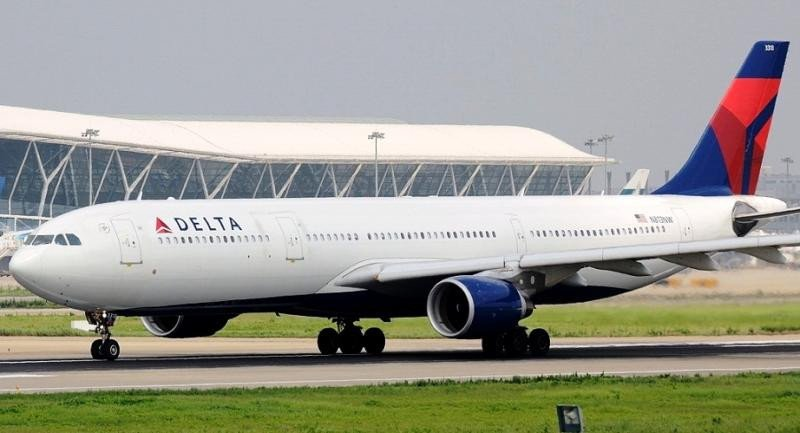 Delta reduce sus beneficios un 36% pero supera las previsiones