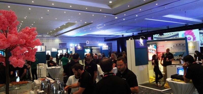 El evento incluyó conferencias y exhibición.