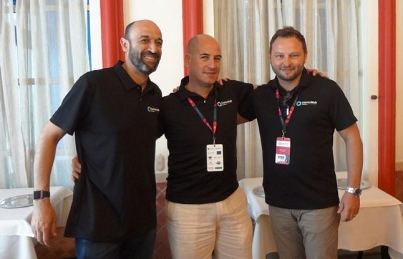 Jaume Obrador, Álvaro de Nicolás y Sam Turner, director global de ventas de Hotelbeds.