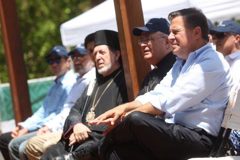 El presidente Juan Carlos Varela asistió al comienzo de obras.