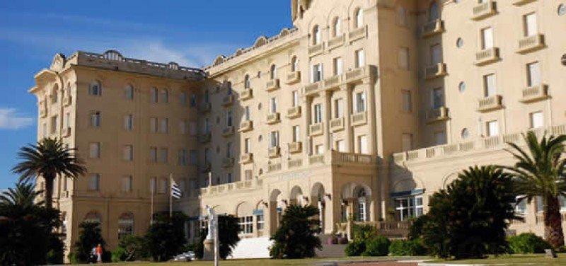 Uruguay licitará otra vez el Hotel Argentino de Piriápolis pero sin el casino