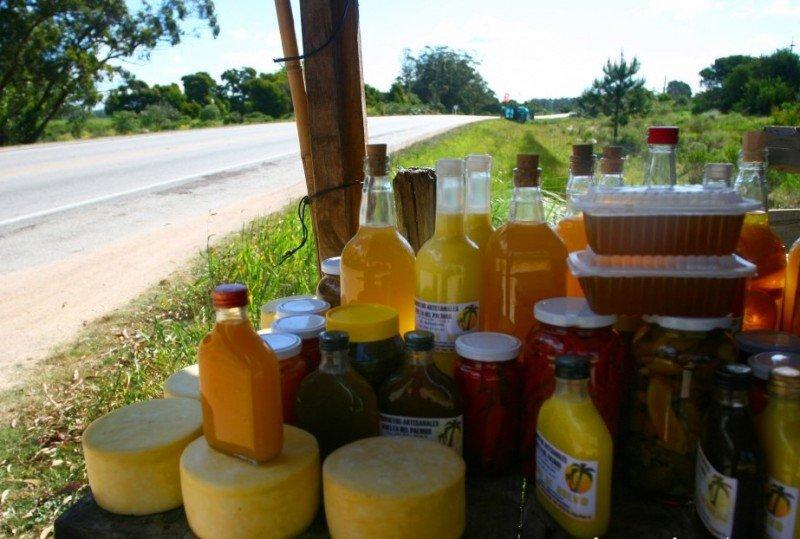 La gastronomía y la producción artesanal son destacados como atractivos más allá de la temporada de sol y playa. Foto: Turismo Rocha.