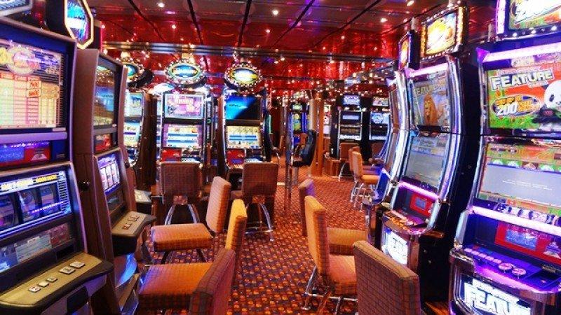Uruguay en guardia por legalización de casinos en Brasil