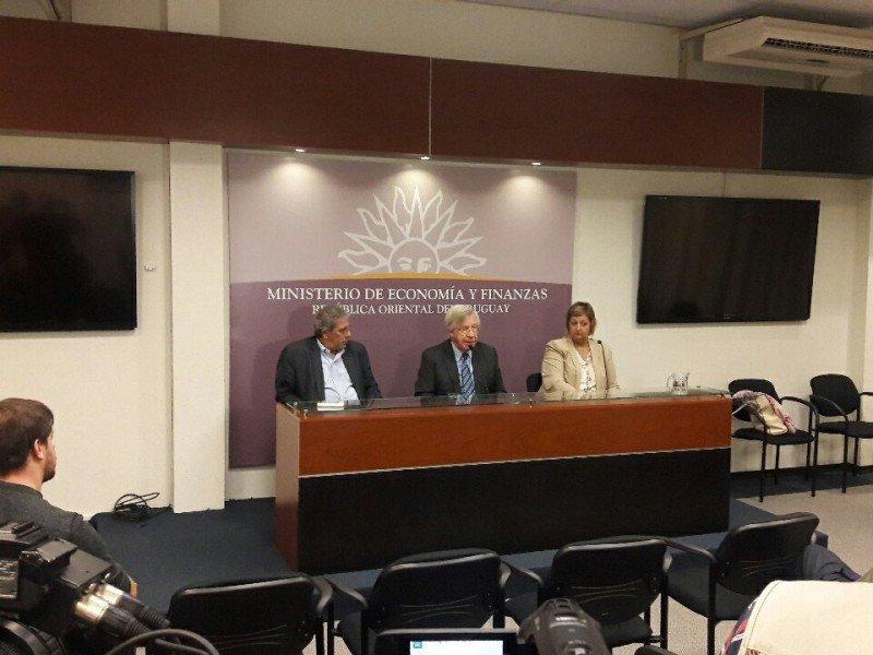 Los ministros de Economía y de Turismo anunciaron la extensión de los beneficios.