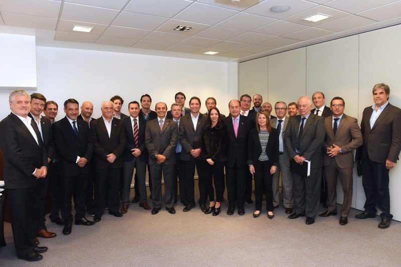 Comisión Directiva de la AHT.