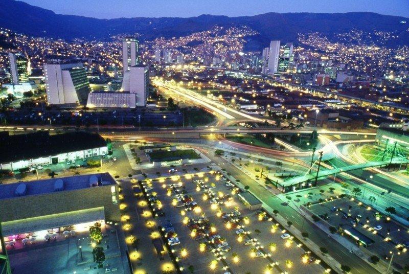 Medellín duplicó el último año el ritmo de crecimiento de turistas del resto del país.
