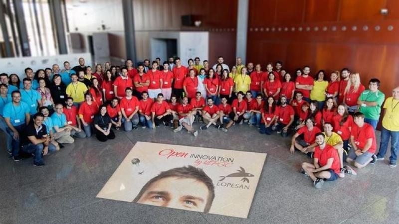 En Lopesan los empleados presentan sus iniciativas y las seleccionadas las desarrolla la comunidad universitaria para después evaluar a nivel interno su aplicación.