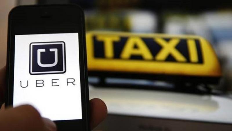 Uber es una empresa de transporte: el tribunal europeo da la razón a los taxistas (foto: KAI PFAFFENBACH/REUTERS).