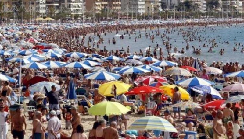 Los turoperadores españoles intentan no volver a quedarse sin camas