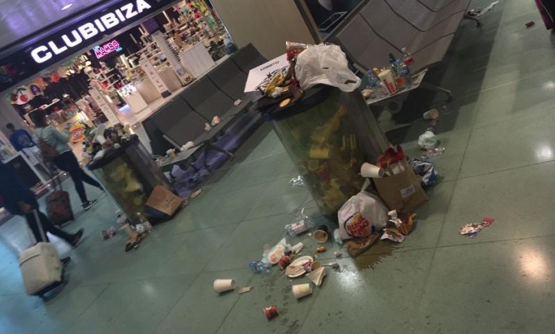 Así recibe  a los pasajeros el Aeropuerto de Ibiza