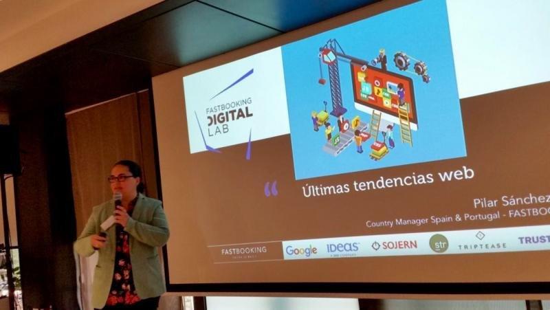 Pilar Sánchez Aita, responsable de Fastbooking  para España y Portugal, durante su presentación en el Digital Lab de Barcelona.
