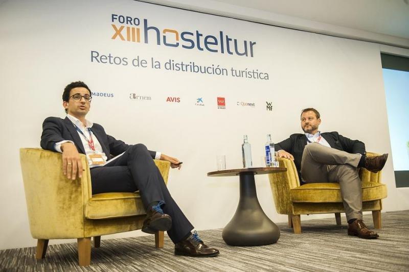 De izq. a dcha, Pablo Delgado, CEO de Mirai, y Walter Lo Faro, director general de Expedia para los mercados del sur de Europa.