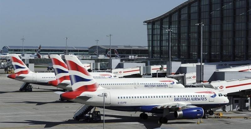 Aviones de British Airways a a la espera en la T5 de Londres Heathrow (Foto: Reuters).