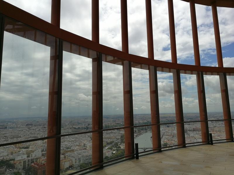 El mirador de la planta 37 estará abierto a la ciudadanía con acceso directo desde el hall.
