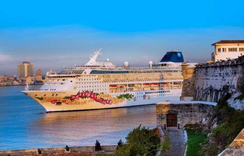 Viaje inaugural del Norwegian Sky a La Habana. Foto: NCL.