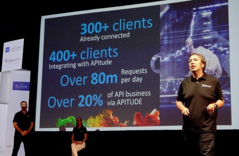 Carlos Bautista explicó la potencialidad y las novedades de APItude, la API de Hotelbeds.
